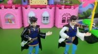 童话王国一直以来都有俩个王子,他们的性格天差地别,而且感情还不好