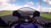 2015款雅马哈 Yamaha YZF-R1摩托车评测(中文字幕)-摩托威