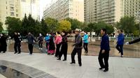 藏族锅庄舞视频(145)《阿香措》(教学版)西宁经济开发区广场6