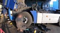 [卡车的视频] 南韩进口德国曼牵引车入厂维修