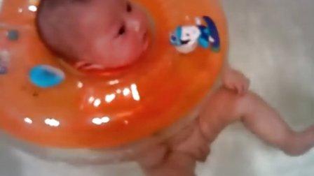 儿子游泳2