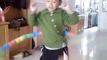 5岁孩子转呼啦圈