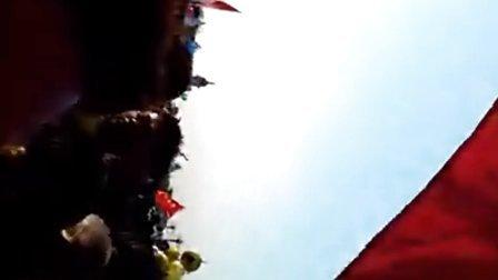 2013北京马拉松赛前热身活动VID_20131020_075239