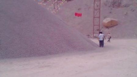 石料厂,益工机械,破碎机,石料生产现场