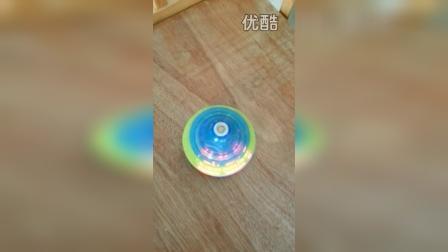 鑫达隆玩具 电动陀螺 带灯光音乐 演示视频