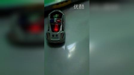 33683儿童电动玩具 超炫万向玩具车 地摊玩具 电动警车玩具