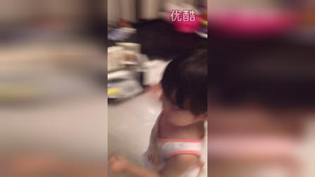 各种跳(两岁一个月)