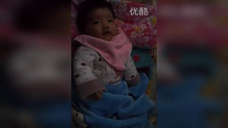 video-2014-02-25-18-01-32和弟弟李睿轩在西屋
