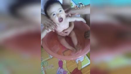 video-2014-06-30-16-42-37洗小澡澡
