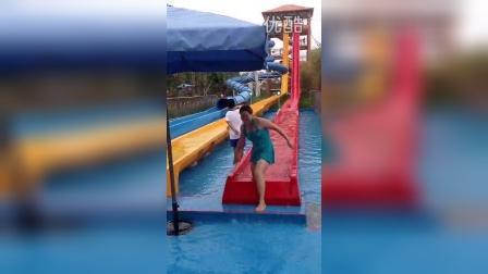 联索店的视频 2014-08-21 23:48郑州水上乐园