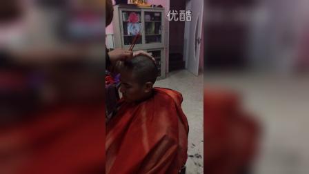 济南学生剃头3