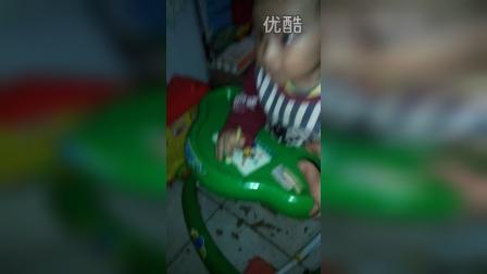 黄蛋蛋0307的视频 2014-12-19 22:35