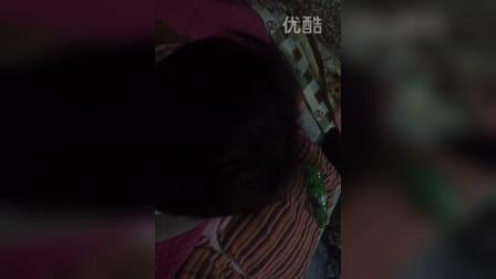 video-2014-10-03-19-06-03    啊扑~~ 啊扑扑扑~~