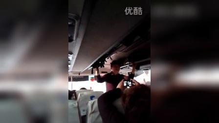 王老师蓝蓝的天白云飘20141006_063200