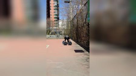 野兽极限力量俱乐部大力士专项岳洋大徐启栋220KG农夫走计时训练
