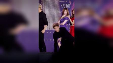 饭拍韩团TaeTiSeo  美女热舞  - (9)
