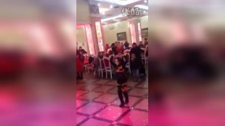 小女孩跳舞跳的真好