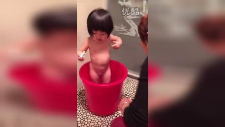 宝宝会刷牙了