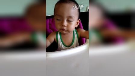 宝宝太困了!