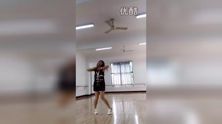 loser    荣县小艳演艺中心
