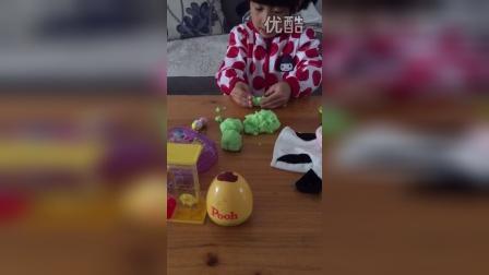 女儿第一次分享介绍玩具