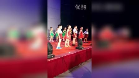 LXY东乔幼儿园毕业汇演 (2)