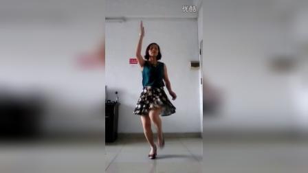 丰城小凤广场舞(寂莫的人伤心的歌)
