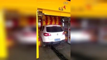 甘肃诺维兰卡乐仕洗车机之5刷龙门往复式洗车机