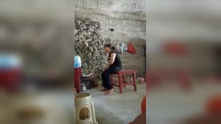 贵州望谟县布依族打媒喇