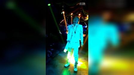 ICE KING在西藏昌都本色酒吧20160521跳舞+rap