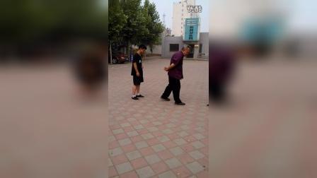 李俊义先生拆讲八极拳二路黑虎提、撤步掌、盘提