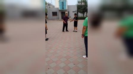 李俊义先生拆讲孟村八极拳云抄、抱、膀胯、顶肘