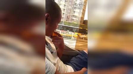 【唐铭阳分享集】北京公交车上尴尬的一幕、【唐铭阳分享集】
