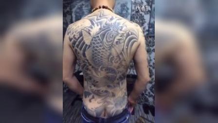 满背鲤鱼 天一堂纹身作品