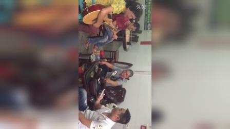 潮汕歌手马学奇与郭培嘉合唱潮语歌曲《老同学》