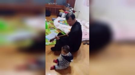 这个小朋友从小上帝就拣选了他
