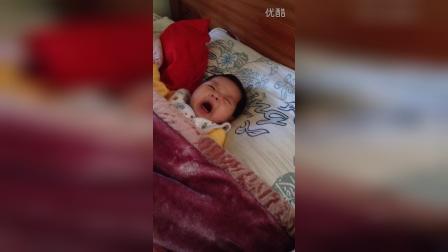 小宝宝哭不知道谁