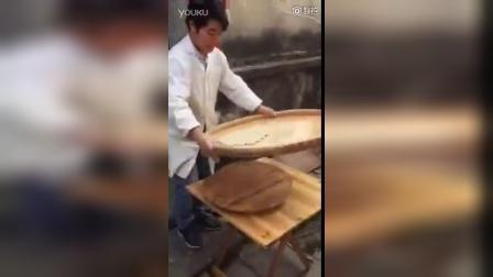 中国街头小吃的制作过程,他表示已看呆…