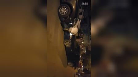 河南省洛阳市的一名女司机太那个啥了