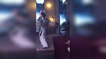 湖州市双凤青年越剧团白蛇传盗草