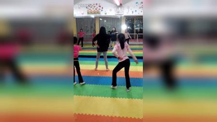 零基础学舞蹈免费教学视频#我身边的舞神#