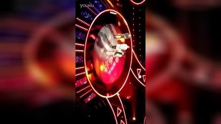 郁可唯在《蒙面唱将》年度盛典上变声清唱《站在高岗上》证明前两期是本人演唱