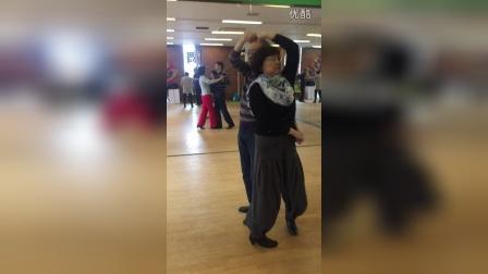 长寿社区学校交谊舞班—四步舞