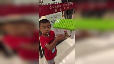 VID_20161004_宇鑫第一次逛梅县大商场