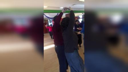 长寿街道社区学校交谊舞