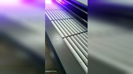 南京上优泽UV平板打印机凹面铝型材批量生产