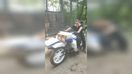 保卫科的刘总,开湘江750的边三轮