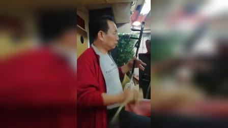 张宏亮伴奏秦腔《赶坡》选段