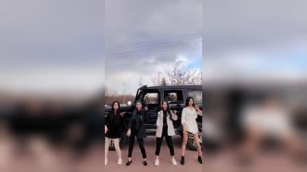 #byGo# 以前认为一切关于奔驰G的内容都能放在byGo上,但这条视频让我变得不确定了。