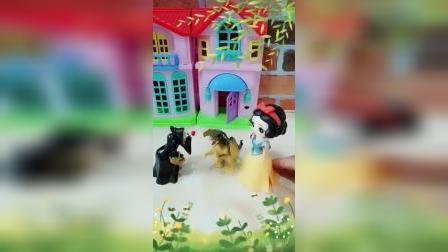 宝宝益智玩具:皇后醉翁之意不在酒呀白雪能逃过一劫吗